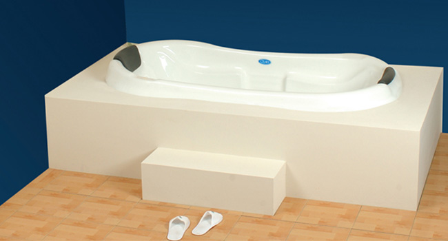 Carola BathTub