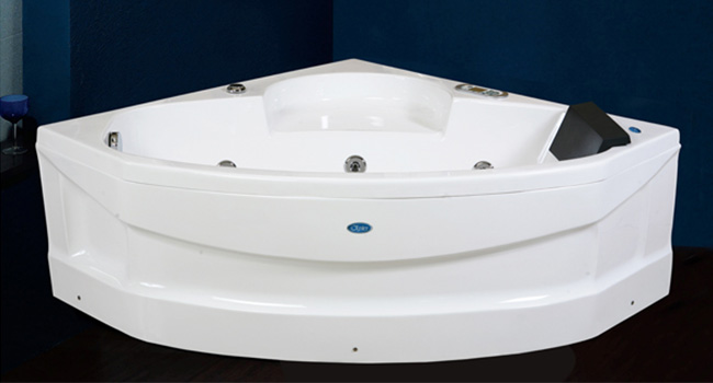 Celeste Bathtub