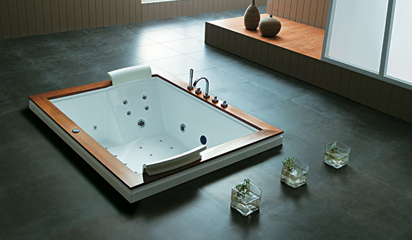 Mesi Bathtubs