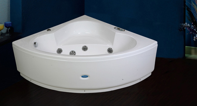 PLACIDA BATHTUB