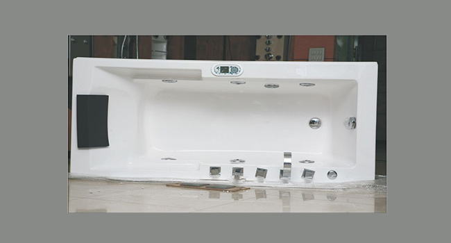 Alphuzia Jacuzzi Bath tub in India